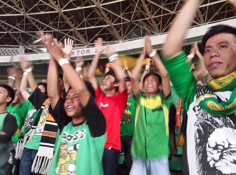 Singamania, 22 jam di perjalanan dari Palembang ke Jakarta, masih semangat aja.