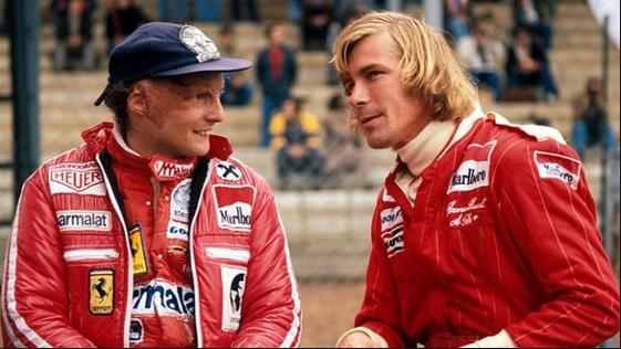 Niki Lauda dan James Hunt diperankan oleh aktor