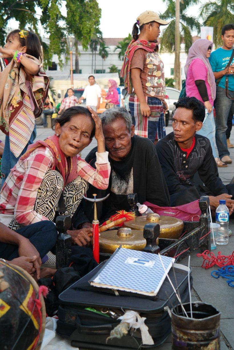 Fatahillah street musicians