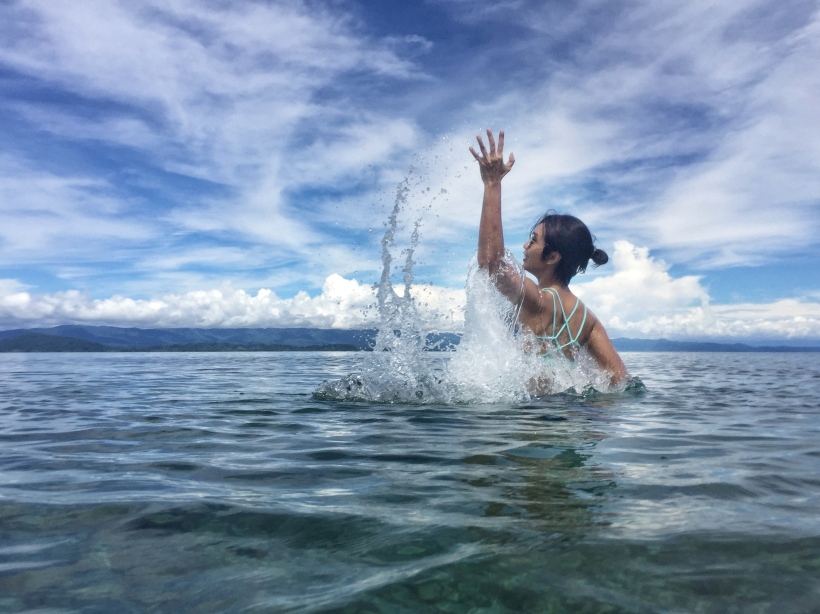 Nabire pantai pulau Noburi wave