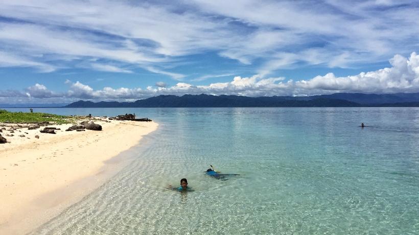 Nabire pantai pulau Noburi